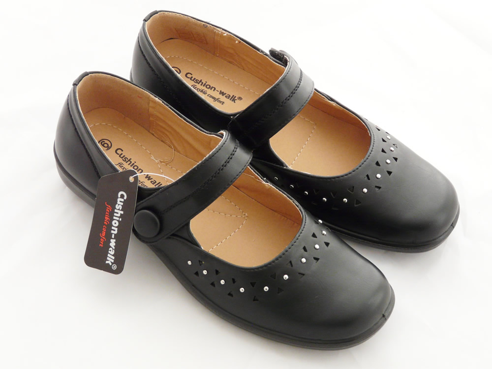 womens lightweight black faux leather flats